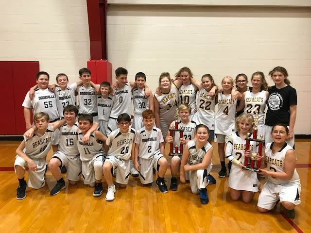 JH Basketball Teams and Cheerleaders wrap up a great season!